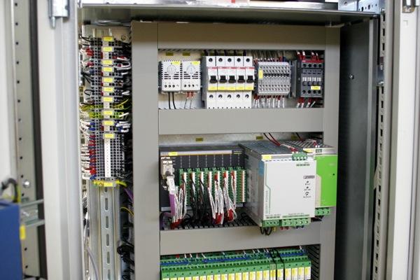 Tủ phân phối đáp ứng đầy đủ các tiêu chuẩn về kỹ thuật điện